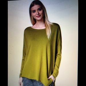 Eileen Fisher chartreuse green sweater. Medium